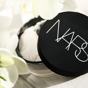 NARS Light Refllect Loose Setting Powder แป้งฝุ่นนาร์ส